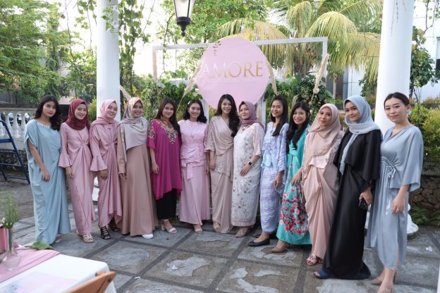 "Amore Decoration menyelenggarakan buka puasa bersama bertajuk Womenpreneur "" where woman can flourish and grow"" , amore x influencer di Bon Cafe, Minggu, 19 Mei 2019."